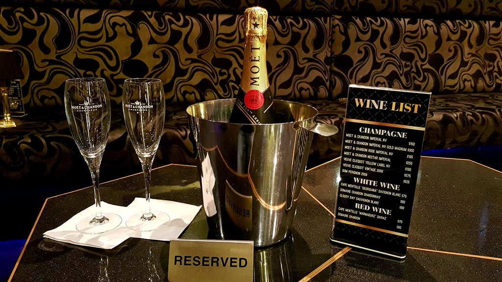 Dreams Packages - 1 Bottle Champagne Package